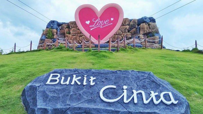 5 Spot Foto Instagramable di Selamat Pagi Madura Pamekasan, dari Bukit Cinta hingga Nanas Raksasa