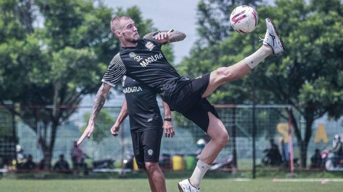Waktu Mepet, Madura United Tetap Cari Pengganti Jacob Papper untuk Lengkapi Slot Pemain Asing