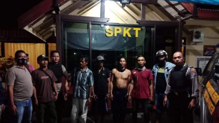 4 Pelaku Pencurian Kayu Jati di Bluluk Lamongan Diringkus Polisi, 1 Mobil dan 2 Unit Motor Diamankan