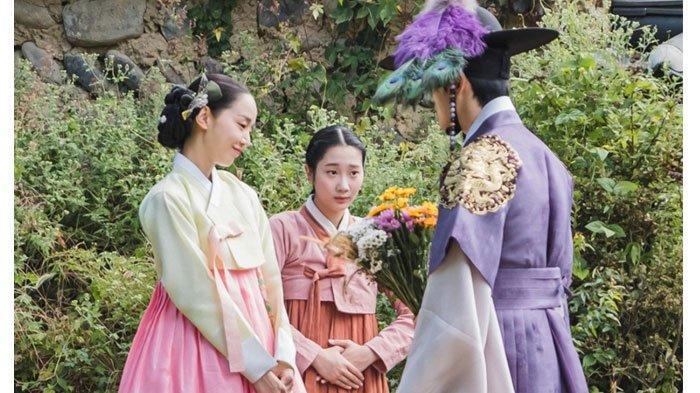 Nonton Drakor Mr Queen Sub Indo Episode 9, Ingatan Raja Cheoljong di Sumur Rumah Ratu Kim So Yong