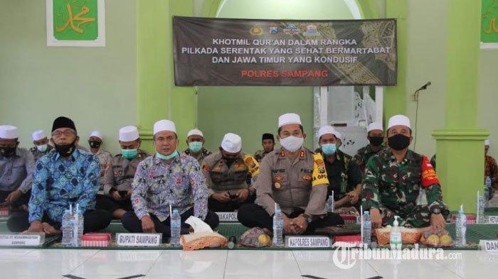 Forkopimda Sampang Ikuti Khotmil Quran Virtual dengan Forkopimda Jatim Demi Wujudkan Pilkada Sehat