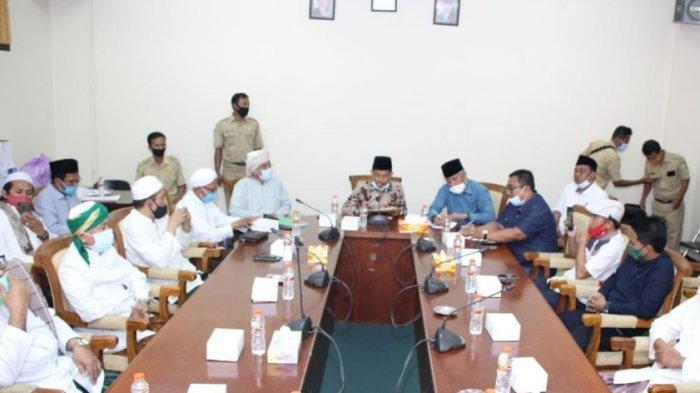 Partisipan Habib Rizieq Shihab di Sampang Gelar Audensi dengan DPRD, Sampaikan Sejumlah Permintaan