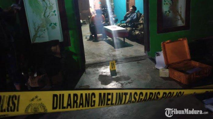 Garis polisi di rumah warga Desa Suruhan Lor, Kecamatan Bandung, Kabupaten Tulungagung, Kamis (19/11/2020).