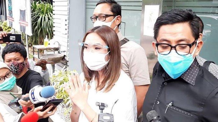 Gisel saat menjalani pemeriksaan kembali di Polda Metro Jaya terkait dugaan video syur, Rabu (23/10/2020)
