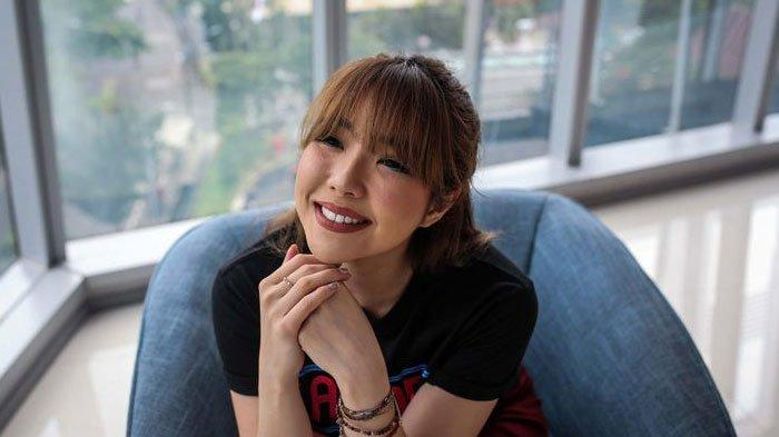 Gisel Jadi Trending Topic Twitter, Akun Instagram Mantan Istri Gading Marten Diserbu Netizen