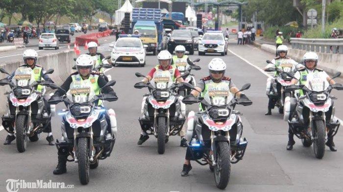 Via Vallen Ramaikan Acara Puncak Millennial Road Safety Festival di Jembatan Suramadu