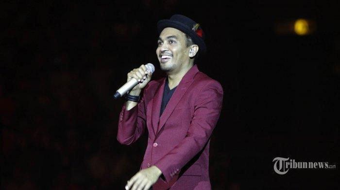 BREAKING NEWS -Glenn FredlyDikabarkan Meninggal Dunia, Ini Profil Singkat Sang Penyanyi