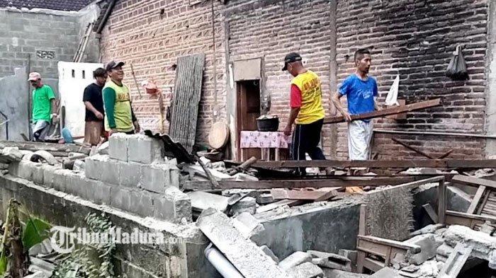 Nestapa Kadelan Melihat Rumahnya Hancur Karena Gempa, Baru Dibangun, Hasil dari Kerja di Brunei