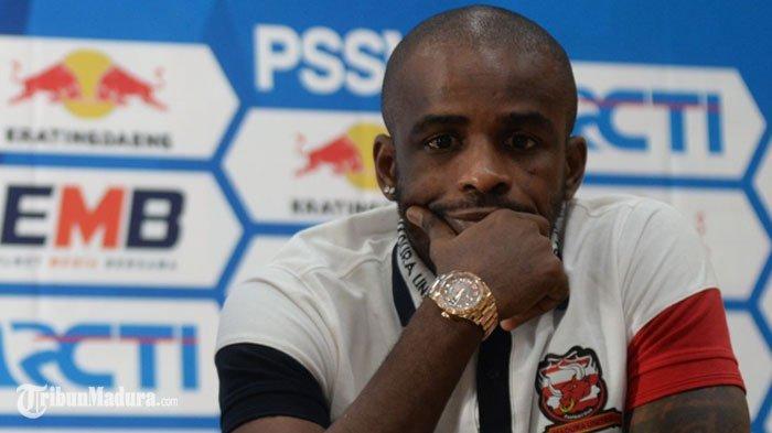 Komdis PSSI Hukum Greg Nwokolo Tak Boleh Ikut Main LagaMadura United sampai Akhir Liga 1 2019