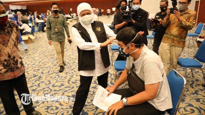 Jawa Timur Kejar Target Vaksinasi Covid-19 300 Ribu Orang Per Hari, Gubernur Khofifah Ungkap Harapan