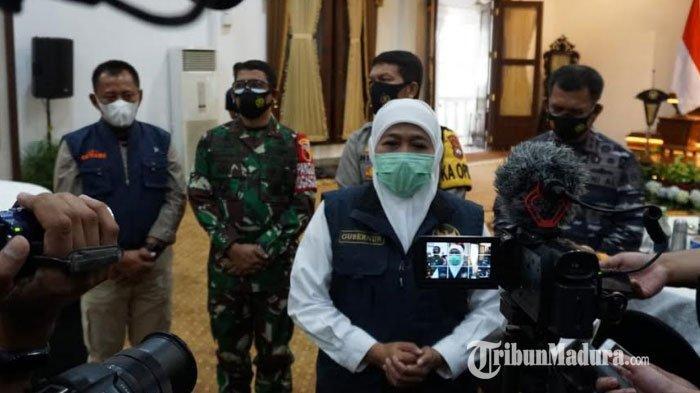Gubernur Khofifah Siap Jadi Orang Pertama Disuntik Vaksin Covid-19 di Jatim: Disuntikkan Dua Kali