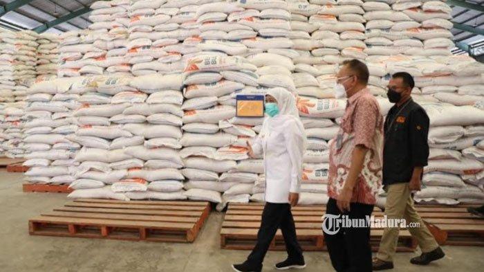 Gubernur Khofifah Minta Bulog Tingkatkan Serapan Beras Petani hingga 2.000 Ton Perhari, Ingatkan HPP