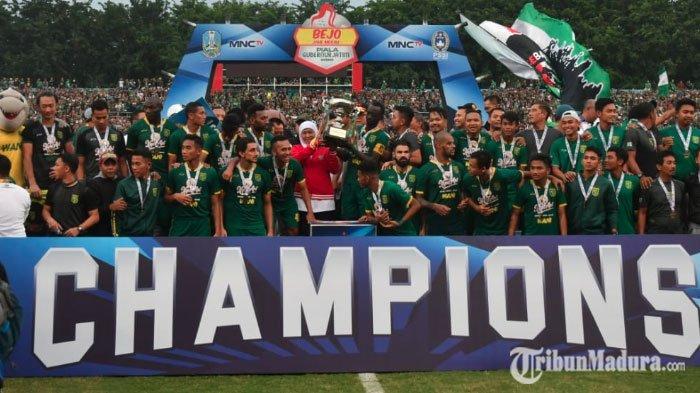 Persebaya Juara, Gubernur Jatim Khofifah Puji Permainan Skuad Bajul Ijo: Main Cantik dan Luar Biasa