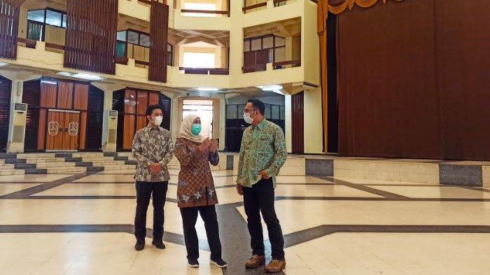 Saling Berbalas Kunjungan, Ridwan Kamil Penjajakan Pilpres 2024 dengan Khofifah Indar Parawansa?