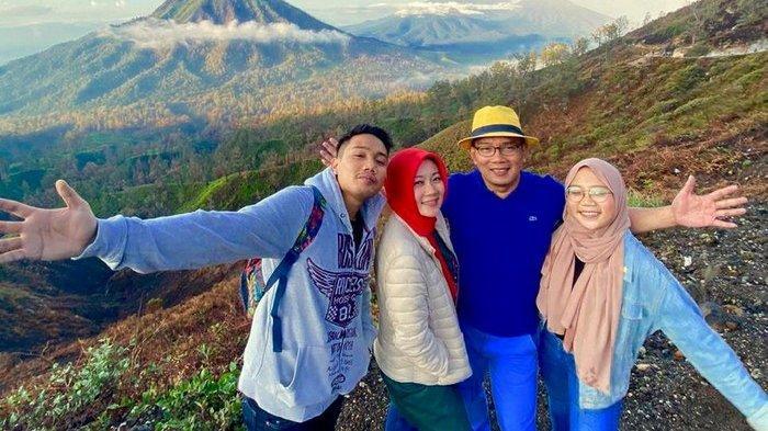 Ridwan Kamil dan Keluarga Liburan Akhir Tahun di Banyuwangi Nikmati Blue Fire Kawah Ijen: Terpuaskan