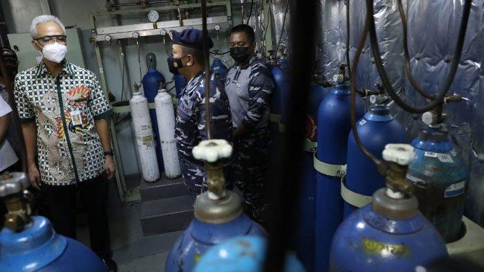 Kunjungi KRI dr Soeharso, Gubernur Jateng Ganjar Pranowo Ungkap Prioritas Soal Suplai Oksigen