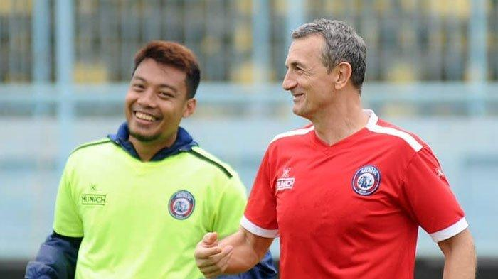 Terungkap AlasanArema FCMainkanHamka Hamzah LawanPersebaya Meski Tak Banyak Persiapan dengan Tim