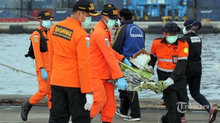 Soal Dugaan Penyebab Sriwijaya Air SJ 182 Jatuh, KNKT: Satu Mesin Mati, Pesawat Masih Bisa Terbang