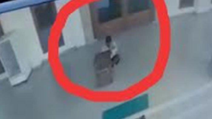 Mencuri Barang Berharga di Masjid, Pria ini Menangis Ketika Ditanyai Alasan, Sudah Tak Kerja Lagi