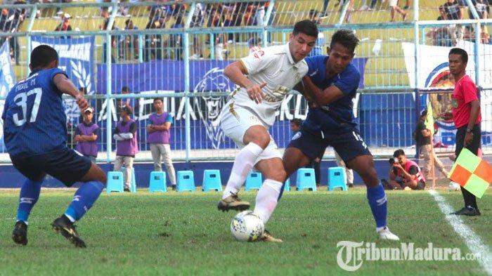 Sembuh dari Tifus,Hendro SiswantoBerpeluang Bisa Bela Arema FC Saat MenjamuMadura United