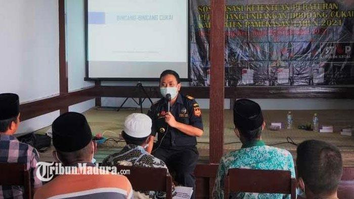 DPMD Pamekasan dan Bea Cukai Madura Kenalkan Ciri-Ciri Rokok Ilegal, Masyarakat Wajib Tahu