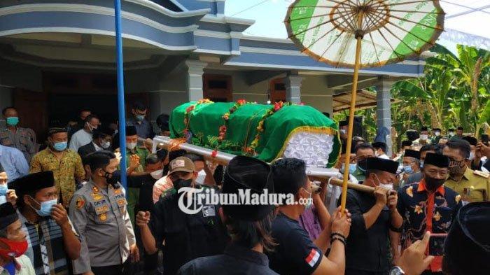 Ibunda Bupati Ponorogo Sugiri Sancoko Dimakamkan di Hastana Gunung Bungkus Desa Gelang Kulon