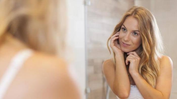 Pengaruhi Kehidupan! Berikut 11 Arti Mimpi Melihat Wajah Sendiri di Cermin Menurut Primbon Jawa