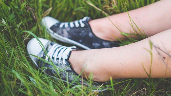 Tips Pilih Sepatu yang Nyaman Dipakai Agar Terhindar dari Sakit, Gak Sakit Lutut dan Pinggang Lagi