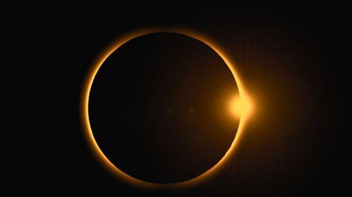 Cara Aman Melihat Gerhana Matahari Cincin Minggu 21 Juni 2020, Lengkap Tuntunan Shalat Gerhana