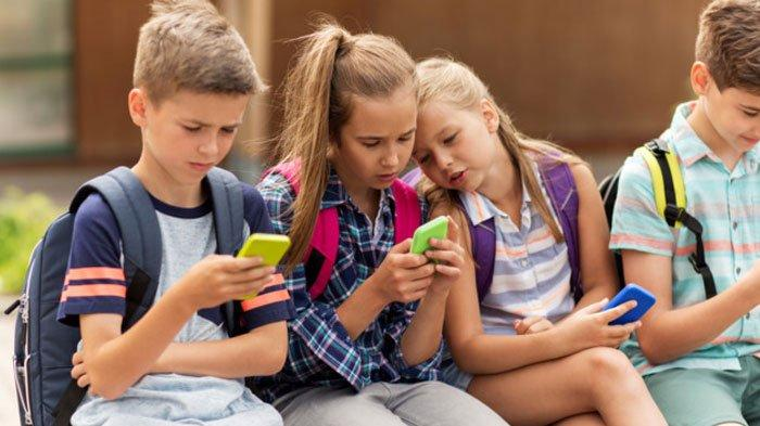 3 Cara Mengatasi Anak Kecanduan Gadget, Perhatikan Perilaku yang Bisa Menjadi Contoh Utama