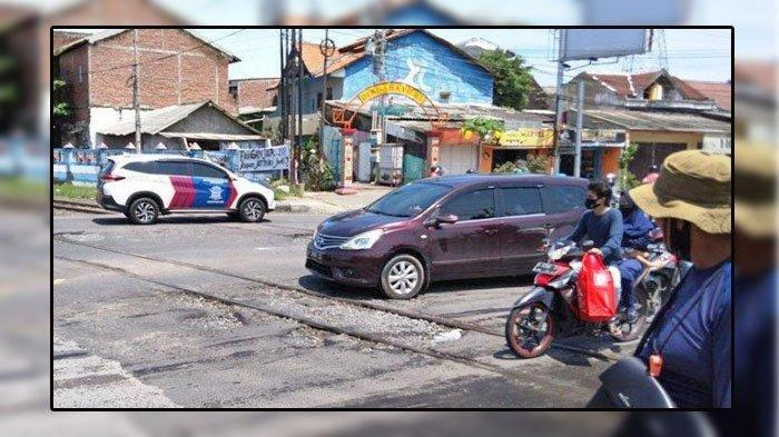Jalan Kaki Melintasi Rel ketika Hujan Lebat, Mahasiswi Kebidanan Tewas Tertabrak Kereta Api