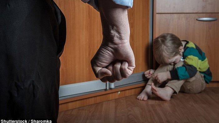 Bermula dari WhatsApp, Kisah Tragis Tangan Anak Dipanggang Ibu Tirinya Terbongkar: Saya Gak Bandel