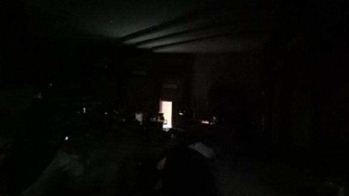 Curiga Tamu Lelaki Datang dan Lampu Dimatikan, Rumah Janda Digerebek, Oknum PNS Diduga Berbuat Mesum