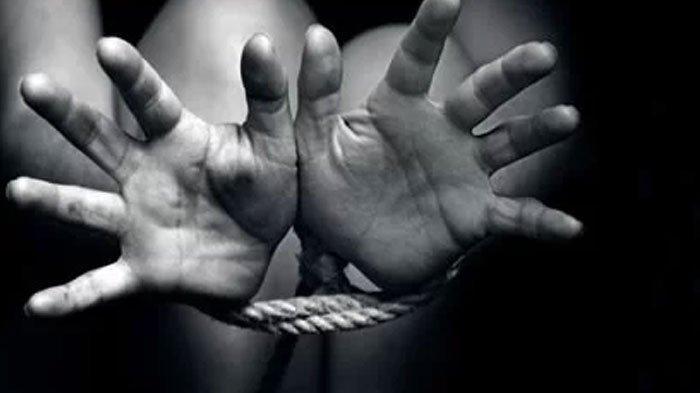 Pemuda Madura Diarak Keliling Desa Karena Dituduh Mencuri, Disekap, Dipukuli hingga Dicekoki Alkohol