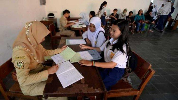 Skenario Pembelajaran Tatap Muka di Sekolah, Pakar Epidemiologi: Surabaya Belum Aman dari Covid-19