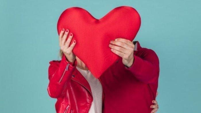 Ramalan Zodiak Cinta Senin 22 Februari 2021, Taurus Memperhatikan Kekasih, Pisces Kendalikan Emosi