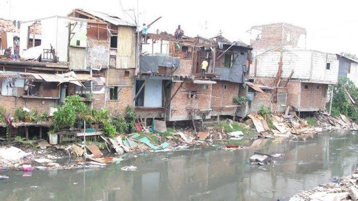 Inilah Alasan Mengapa Banyak Masyarakat yang Memilih untuk Tinggal di Bantaran Sungai