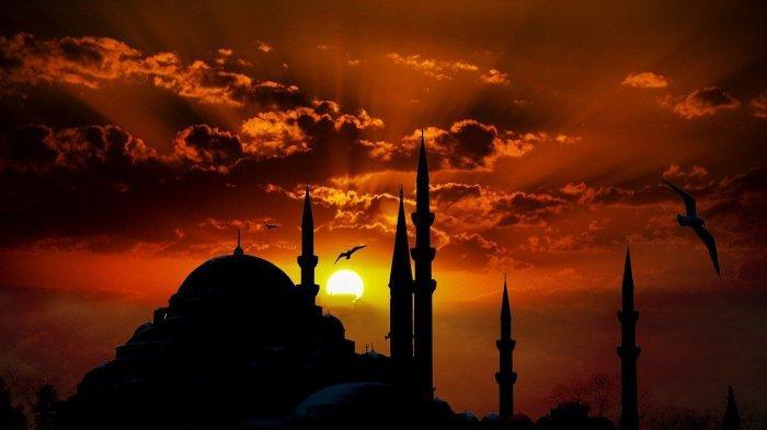 Waktu dan Tanda Munculnya Malam Lailatul Qadar, Cuaca yang Tenang hingga Rembulan Pancarkan Cahaya
