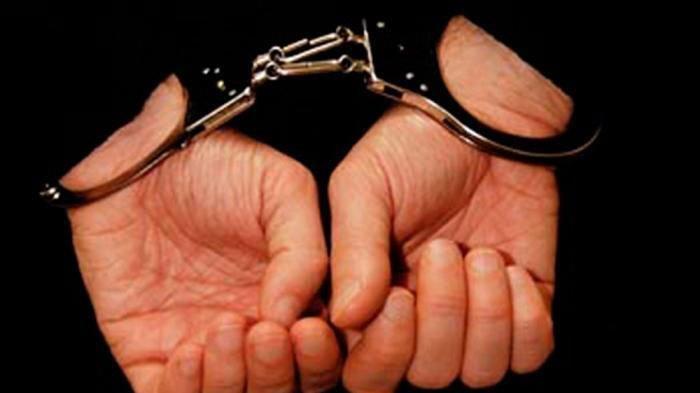 Belum Nikmati Hasil Barang Curiannya,Residivis Pencurian Ponsel di Surabaya Dibekuk Polisi