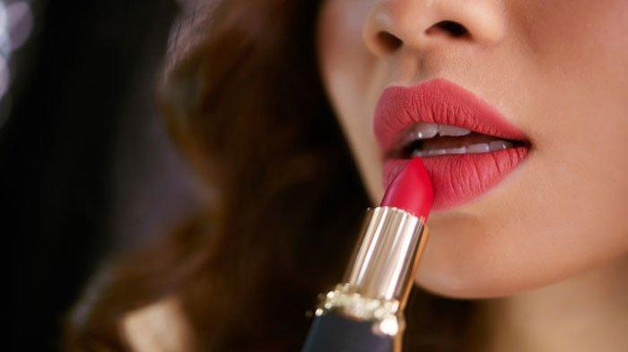Bagaimana Hukum Memakai Lipstik saat Puasa di Bulan Ramadan, Sah atau Batal?