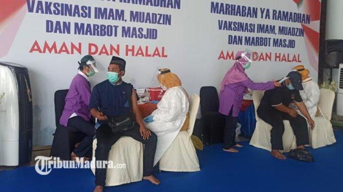 Menyambut Ramadan, 1000 Imam dan Marbot Masjid di Surabaya Jalani Vaksinasi Covid-19