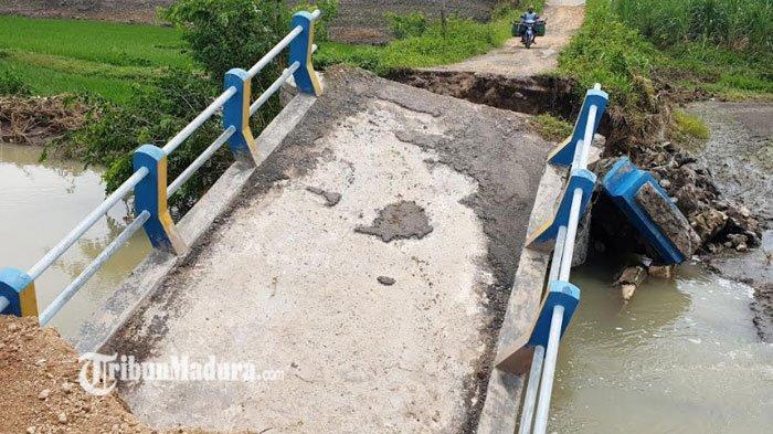 Terbengkalai Usai Diterjang Banjir, Jembatan Dusun Tretes Mojokerto Tak Kunjung Diperbaiki