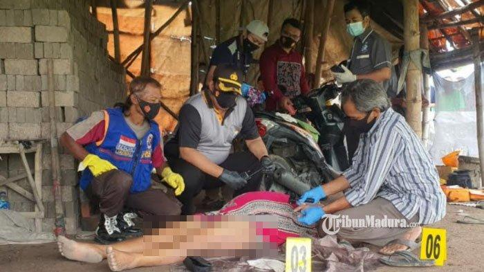 Jenazah PSK yang ditemukan di tempat pembuatan batu bata Kecamatan Trowulan, Kabupaten Mojokerto, Minggu (28/2/2021)