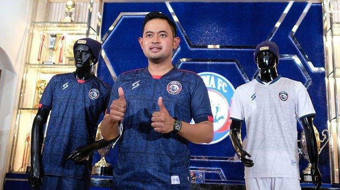 Laris Manis, Penjualan Jersey Arema FC Musim Ini Tembus 500 Pcs Sejak Dilaunching Pekan Lalu