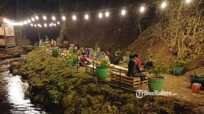 Cerita Warga Desa Purwosono, Sulap Sungai Kumuh Jadi Tempat Nongkrong Terkenal di Lumajang