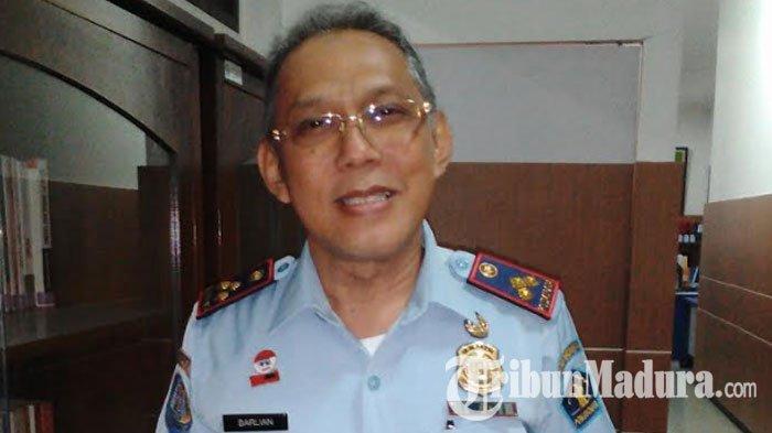 Kantor Imigrasi Kelas I Khusus TPI Surabaya Jemput Bola Calon Jemaah Haji Yang Mengurus Paspor