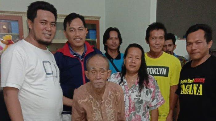 Kisah KakekSuwito Terpisah dengan Keluarga Puluhan Tahun, KTPnya Terbakar dan Tak Tahu Jalan Pulang