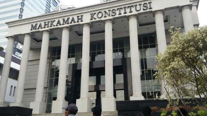 Mahkamah Konstitusi (MK) Perintahkan Hitung Suara Ulang Hasil Pemilu Empat TPS di Trenggalek