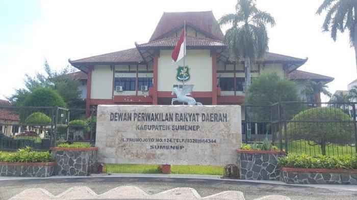 BREAKING NEWS - TakSemua Anggota DPRD Sumenep Laporan Harta Kekayaan, 6PolitisiJadi Atensi KPK