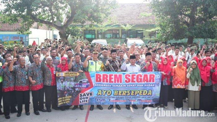 Kapolres Madiun Kampanyekan Gerakan Brem Segar untukKurangi Angka Kecelakaan